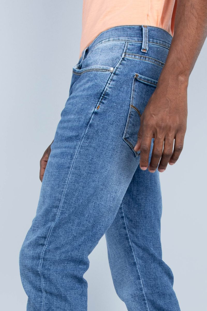 Oggi Jeans